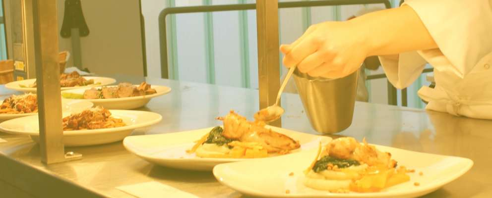 Chef Level 2 (City & Guilds Level 2 Technical Certificate Food Preparation and Service )